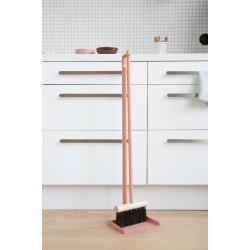 Sweeper & shovel