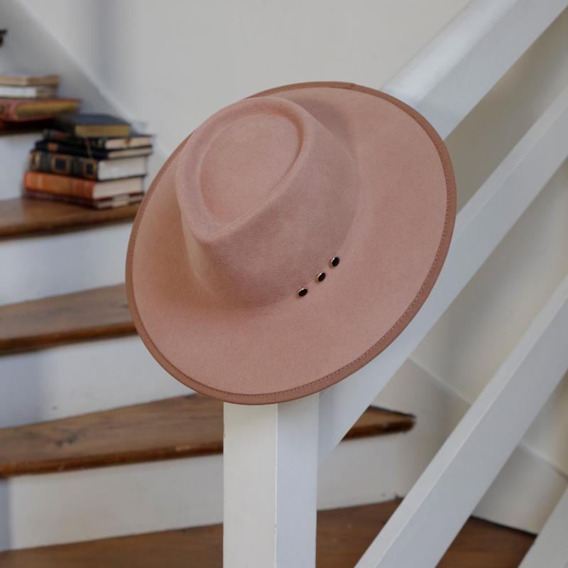 paula-chapeau-feutre-goodbylorette